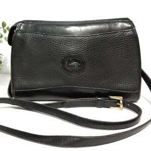 Dooney & Bourke Vintage Crossbody Solid Black